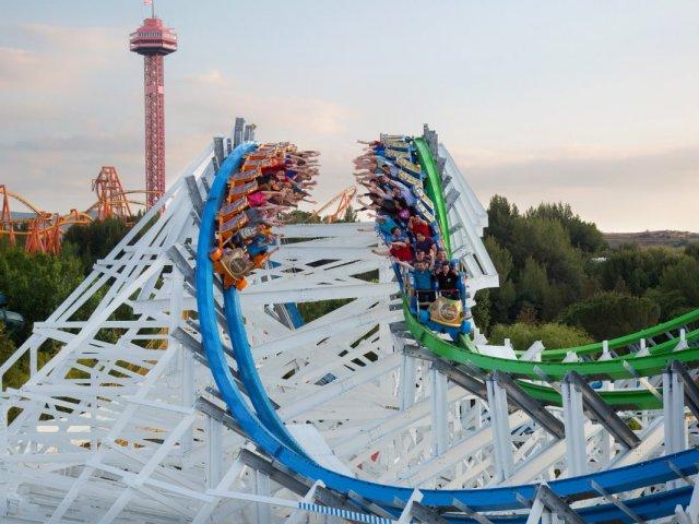 Parque Six Flags Magic Mountain na Califórnia