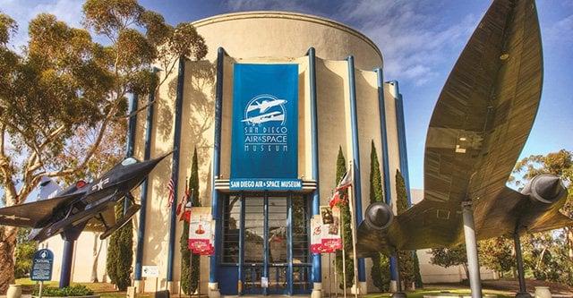 San Diego Air Space Museum em San Diego na Califórnia