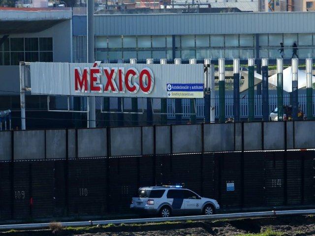 Como atravessas a fronteira dos EUA para Tijuana no México