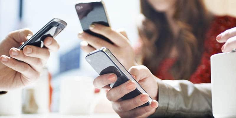 Usando o celular
