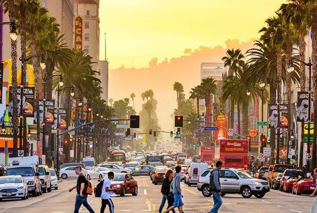 Como transferir dinheiro para Los Angeles