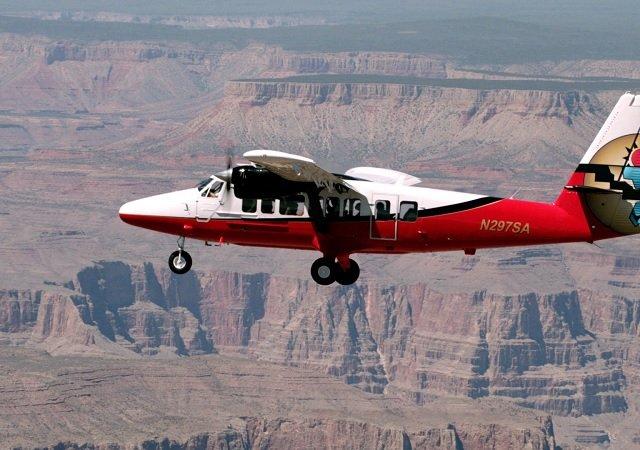 Excursão aérea e passeio ao Grand Canyon